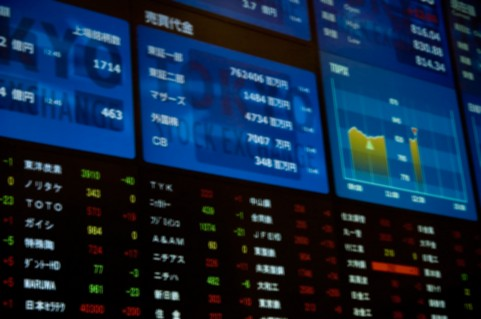 ケース 株価 掲示板 ショー